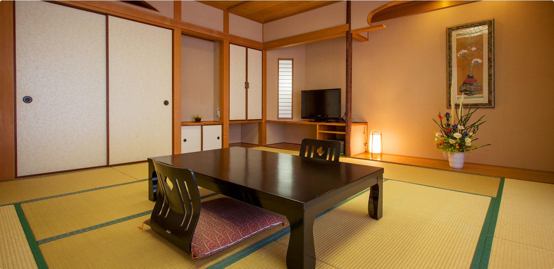 温泉と過ごす贅沢展望温泉付和室